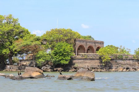 Kayaking to San Pablo Fortress