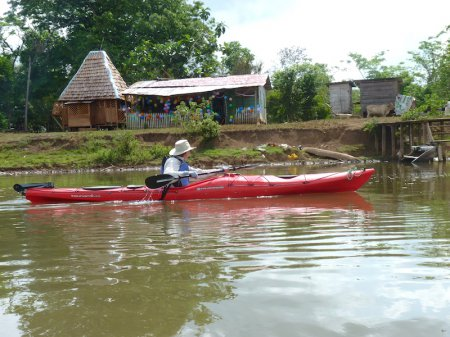 Kayaking to El Jobo community